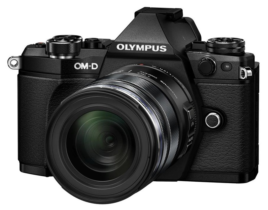 Olympus OM-D E-M5 II + 12-50 mm EZ black + Karta SDHC 32GB