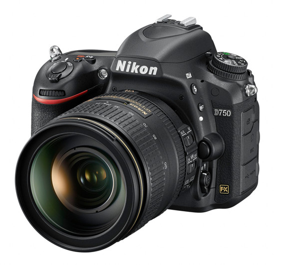 Nikon D750 + 24-120 mm, Bonus 5000 Kč ihned odečteme