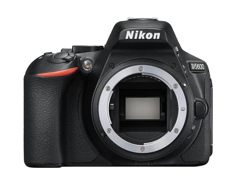 Nikon D5600 tělo černé
