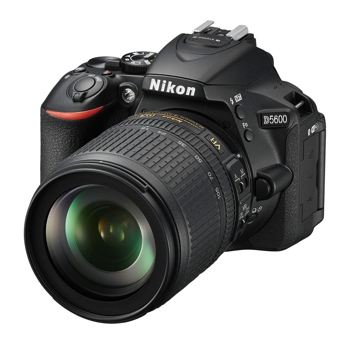 Nikon D5600 + 18-105 mm AF-S VR II černý, CashBack 1350 Kč