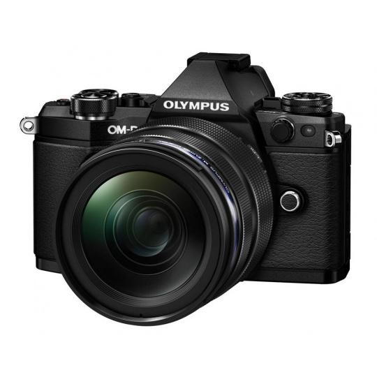 Olympus OM-D E-M5 II + 12-40 mm ED PRO black