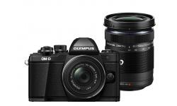 Olympus OM-D E-M10 mark II + 14-42 mm EZ / 40-150 R černý + Objektiv Olympus 15/8 Cap Lens BCL-1580, Karta SDHC 16GB a Náhradní baterie T6
