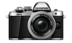 Olympus OM-D E-M10 mark II + 14-42 mm EZ stříbrný + Objektiv Olympus 15/8 Cap Lens BCL-1580, Karta SDHC 16GB a Náhradní baterie T6