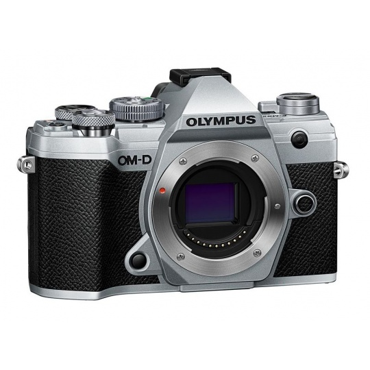 Olympus OM-D E-M5 III body silver, CashBack 4000 Kč