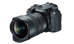 Pentax K-1 Mark II + HD D-FA 15-30 ED SDM WR + kabelová spoušť a náhradní baterie T6 Power