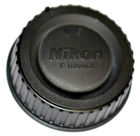 Nikon LF-4 zadní krytka objektivu