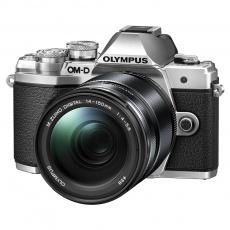 Olympus OM-D E-M10 mark III + 14-150 stříbrný + karta SDHC 32GB